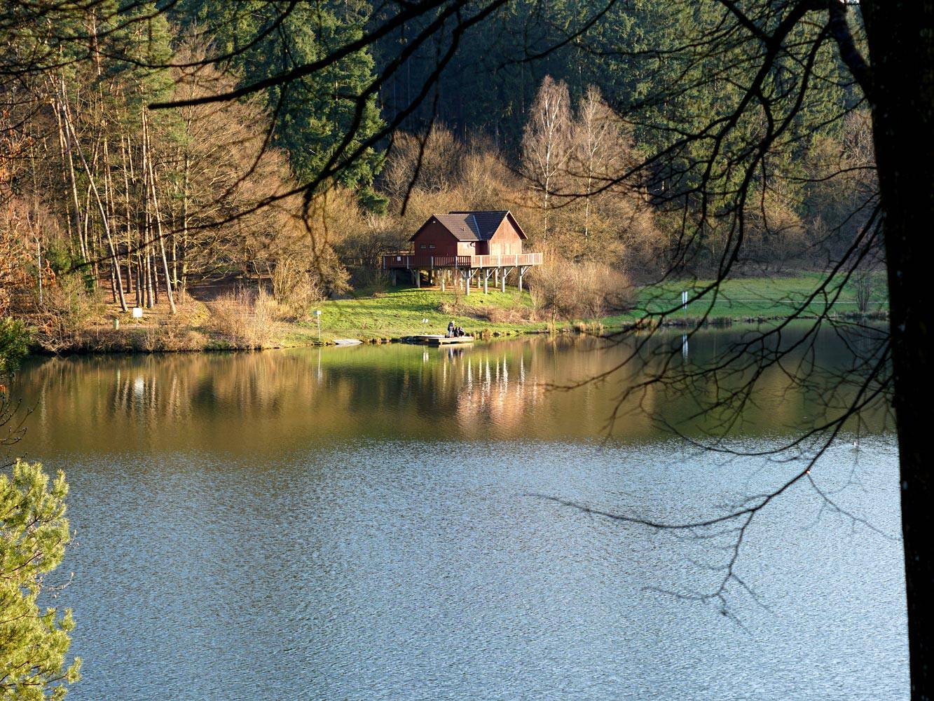 Haus-am-Marbachtal-Stausee